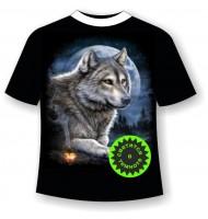 Футболка Волк и костер светящаяся в темноте