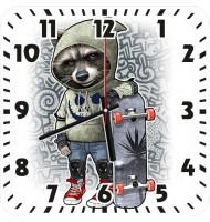 Часы Енот в капюшоне 969