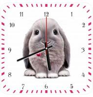 Часы с кроликом 930