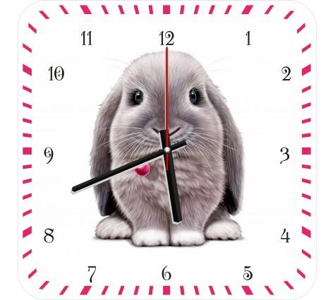 Часы с кроликом