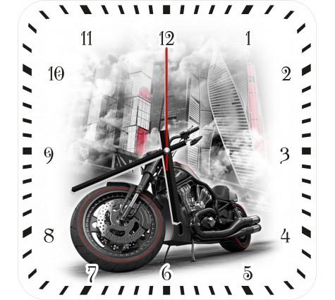 Часы с мотоциклом