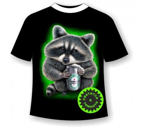 Подростковая футболка Енот с пивом светящаяся в темноте
